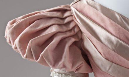 Bufiaste rękawy – jeden z ostatnich hitów w modzie damskiej!
